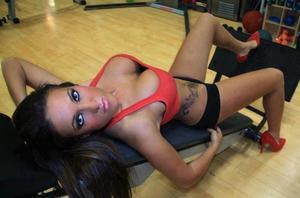 Tandra from Iowa is looking for adult webcam chat