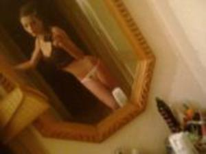 Leonore from  is interested in nsa sex with a nice, young man