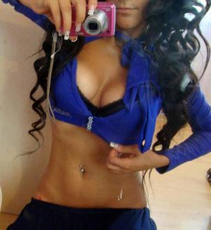 Corine from Kentucky is looking for adult webcam chat